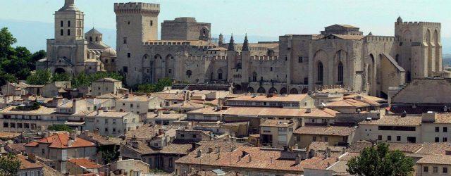 Notre circuit touristique pour explorer Avignon